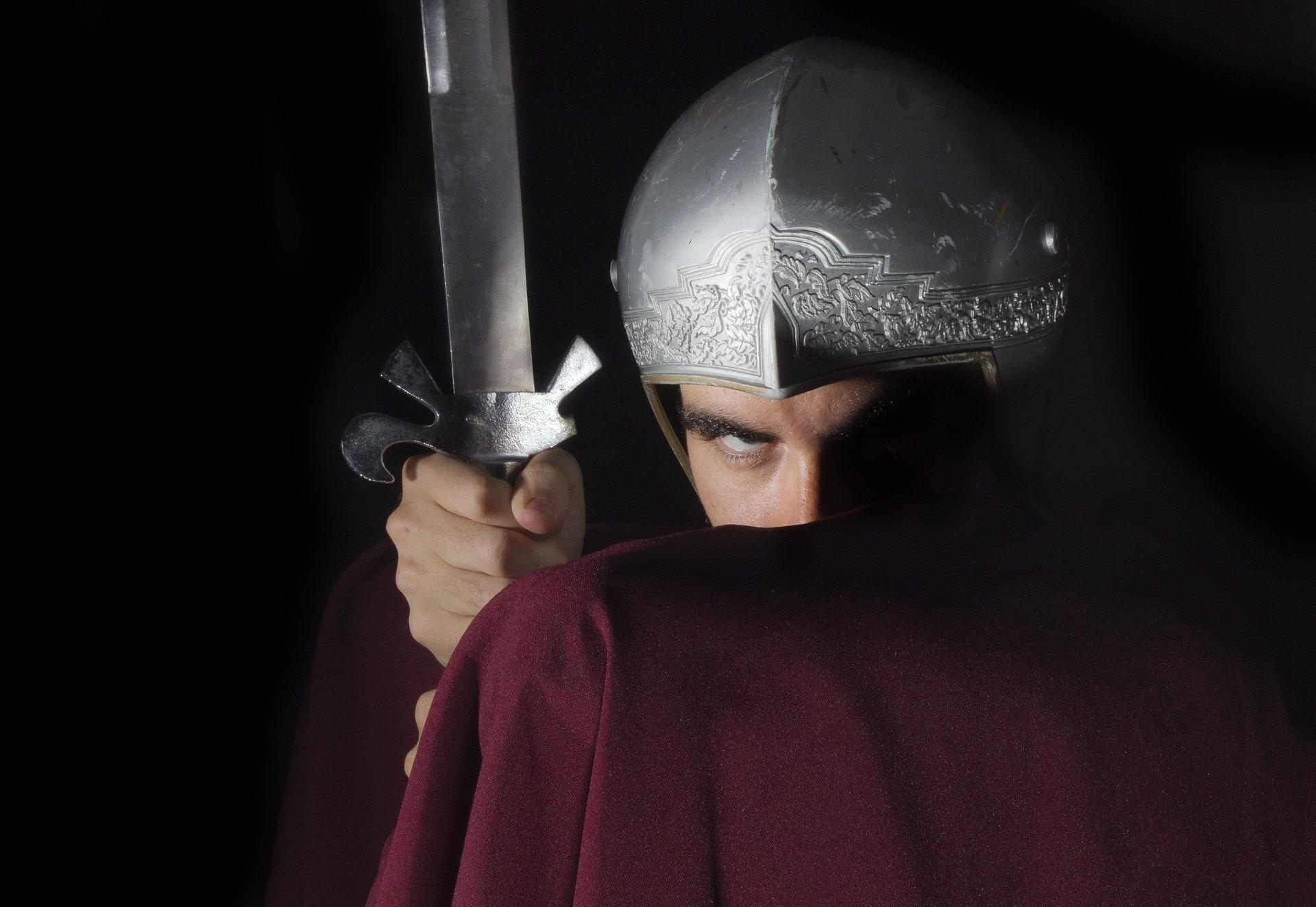 האם השר גלעד ארדן נלחם בשיימינג?