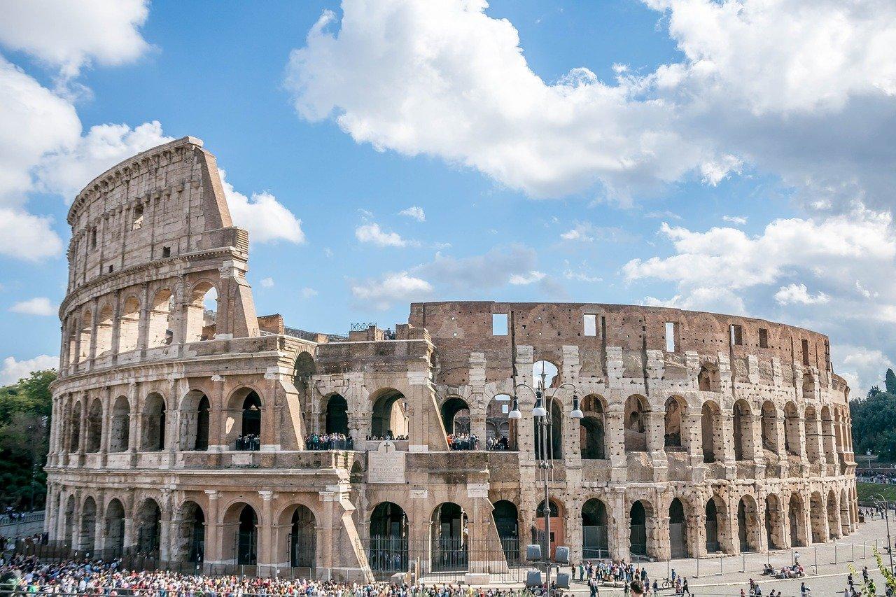 מה צריך ללמוד מהשיימינג נגד הישראלית שנעצרה ברומא?