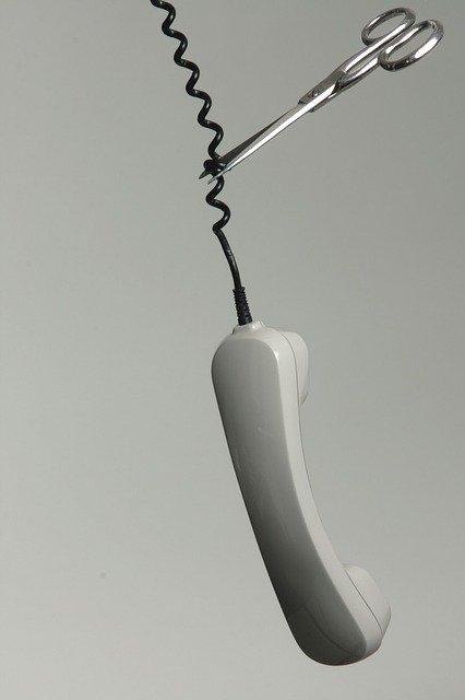 גזירת קו טלפון